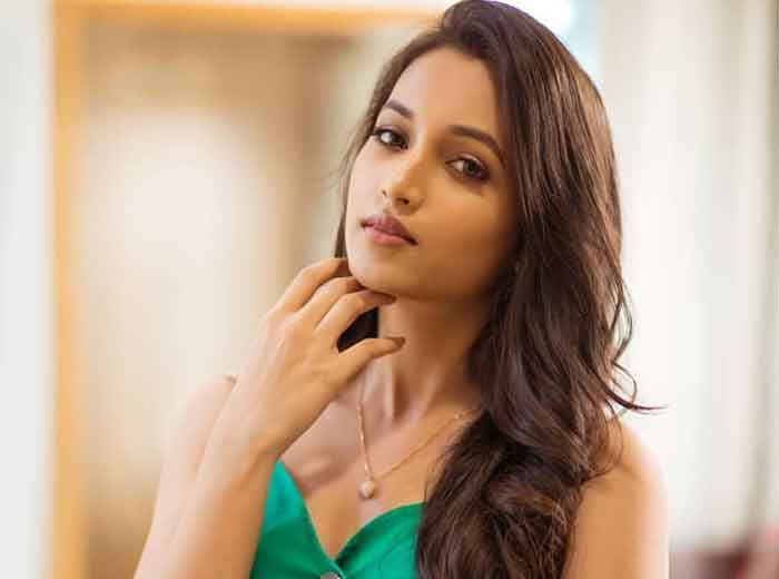 srinidhi shetty beautiful images