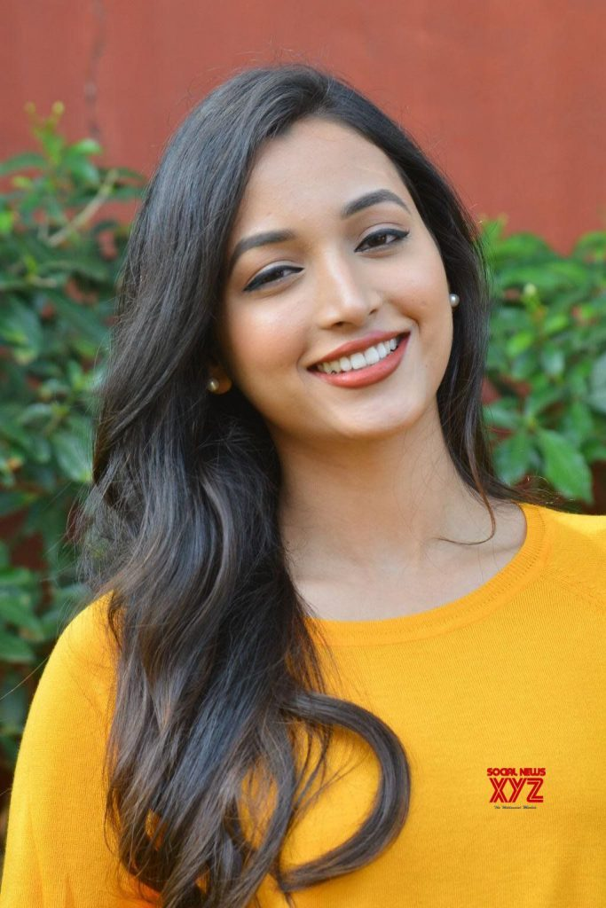 srinidhi shetty photos