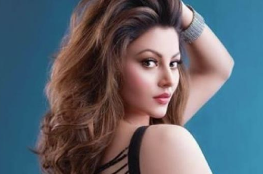 uravashi rautela hot stills